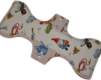 Heavy Core- Gnomes in the Garden Reusable Cloth Goddess XL/Postpartum Pad- 16.5 Inches