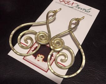 HYPNOTIZE: Bangin Beauties hammered aluminum wire earrings
