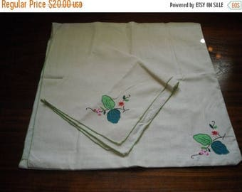 Sale Vintage Embroidered Placemat & Napkin