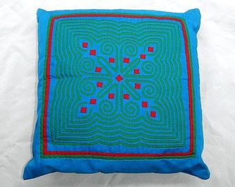 Hand Quilted Throw Pillow With Zipper Opening In Back