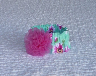 """Dog Ruffle Collar, Hot Pink Daisies Dog Scrunchie Collar with hot pink chiffon rosette - Size XS: 10"""" to 12"""" neck"""