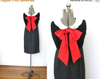ON SALE 60s Dress / 1960s Dress / 60s Mod Big Red Bow Dress