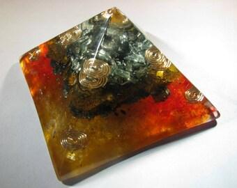Small Orgonite Pyramid - Tiger Eye and Seraphinite