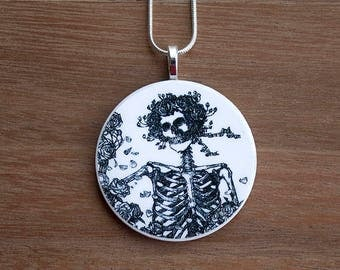 Skeleton Necklace, Skeleton Pendant, Vintage Skeleton, Halloween Jewelry, Handcrafted Jewelry, Halloween Gift, Free Shipping in US