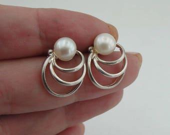 925 Sterling Silver Pearl Stud Earrings, White Pearl Earrings, Free Shipping, Minimalist Earrings, Wedding Earrings, Gift, Free Shipping (sp