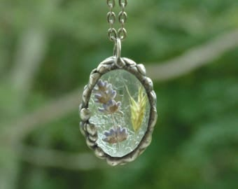 Terrarium necklace, pressed flower jewelry, fern, lavender, botanical necklace, ooak flower, real plant jewelry, nature inspired