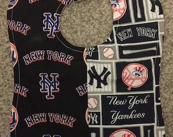 New York Yankees / NY Mets MLB Baseball House Divided Rival Handmade Baby Bib