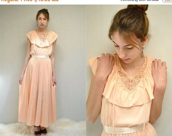 sale 25% off - Bohemian Bridesmaid Dress  //  70s Peach Dress  //  Vintage Ruffle Dress  //  SCENT of APRICOT
