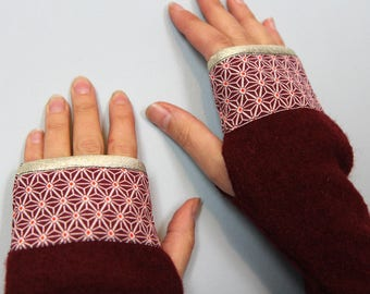 "MITTENS wool Burgundy ""Stars of the Japan"""