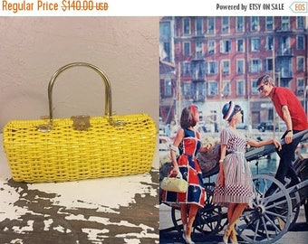WW2 ENDS SALE Down at the Quay - Vintage 1950s Bright Sunflower Yellow Vinyl Straw Barrel Handbag