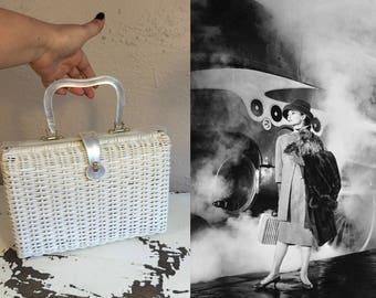 Waiting For My Train - Vintage Retro 1960s White Vinyl Straw Handbag Purse w/White Pearlized Lucite Trim