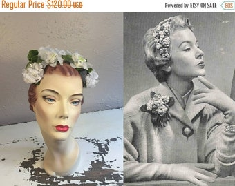 Anniversary Sale 35% Off White Carnations & Roses Type of Wedding - Vintage 1950s White Green Floral Bandeau Half Hat Fascinator