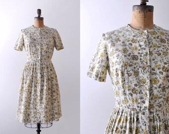 1950's light yellow dress. cotton. 50's floral day dress. print. full. green. s. m.