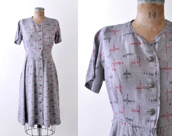 40's gray dress. large. 1940 day dress. Shirtwaist. Red and black print.