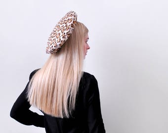1960 leopard hat. 60's cheetah print beret. Tam. sheared fur.