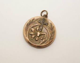 Exquisite Antique Art Nouveau Gold Filled Photograph Locket