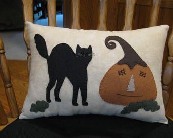 Scaredy Cat Folk Art  Halloween Pumpkin Pillow
