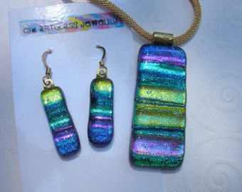 Dichroic Glass Jewelry Set Color Cascade Blue Purple Green Gold Matching Pendant and Earrings 14K Gold Filled Earwires Gold Tone Mesh Cord