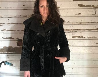 1970's faux fur double breasted short coat