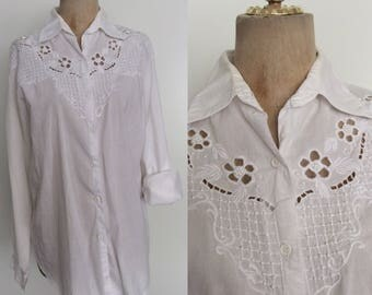 1980's White Beaded Embroidered Cotton Button Up Size Large XL by Maeberry Vintage