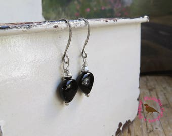 Petite Black Onyx Heart Earrings, Small Black Heart Dangle Earrings, Onyx, Heart, Black, Antiqued Silver, by MagpieMadness for Etsy