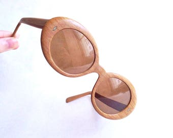1960s Wood grain effect sunglasses / 60s mod oval plastic eyeglasses frame