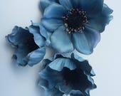 Lot of 3 Assorted Anemone -Vintage Blue