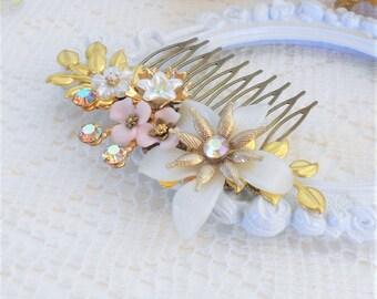Wedding Headpiece, Floral Hair Comb, Wedding Bridal Comb, Wedding Hair Comb, Vintage Floral Collage, Ivory Pink Gold Wedding, Grecian Bride