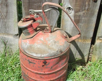HURRY ON SALE Vintage Red Metal Small Heavy Gas Can Farmhouse Industrial Garage Home Decor Yard