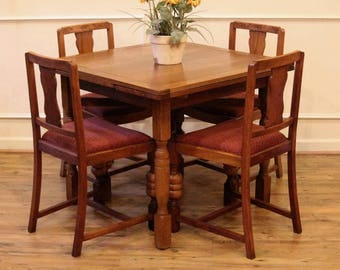 Antique English Oak Draw Leaf Pub Dining Table And 4 Chairs Dining Set  C.1920
