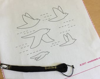 Printed Embroidery Pattern Birds Hand Embroidery Kit Simple DIY Embroidery Project