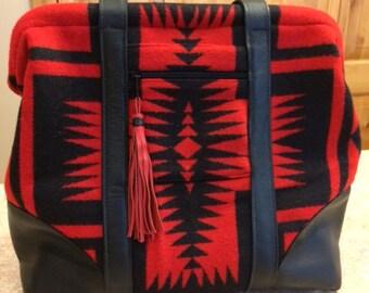 Wool Carpet Bag in Red/Black Design