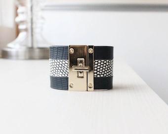 W Lizard Square Buckle Bold Bracelet(Black)