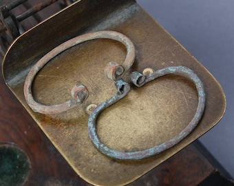 Set of 2 antique brass rings, part of buckles, primitive finding