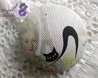 Fabric button,  amazing cat,  1.57 in / 40 mm