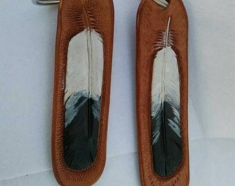 His Hers Keychain set, leather feathers combo, eagle feathers keyring, feather key fob, bestman gift, maid of honor gift, best selling gifts