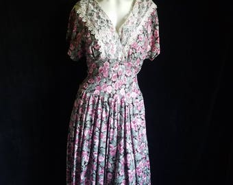 1980's Rose Print Short Sleeve Dress