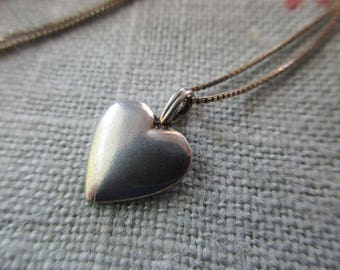 """sterling silver heart charm necklace - 16"""" chain, 925"""