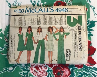 Vintage 1976 McCall's Carefree Pattern 4946 Multi Size 6 8 10, 3 Size Pattern Series Five Outfits