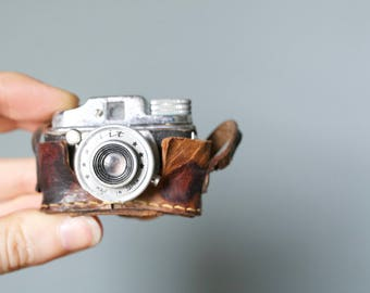 Vintage 1950s Japan Miniature Hit Spy Camera