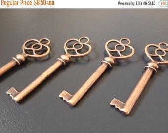 ON SALE Stowe - 10 Skeleton Keys Antique Copper Vintage Keys Skeleton Keys For Weddings Vintage Keys for Weddings Wedding Favours