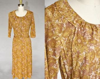 vintage 40s floral dress | gold 1940s watercolor floral dress | belted, collar