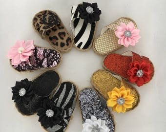 18 inch doll sandals made of vinyle and embellished with satin flowers, made to fit 18 inch dolls such as American Girl dolls and others