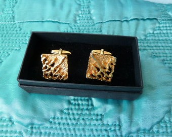 Vintage 1960's 70's Bark Effect, Textured Gold Tone, Square Cuff Links, Mid-Century, Modernist, Classy, Stylish, Manly Cuff Links