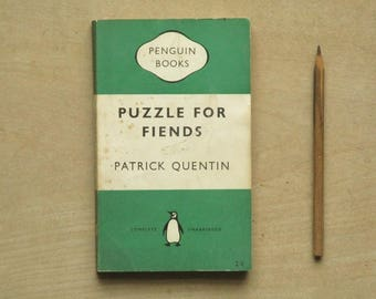 vintage green penguin paperback Puzzle for Fiends by Patrick Quentin, crime fiction vintage book, 1950s