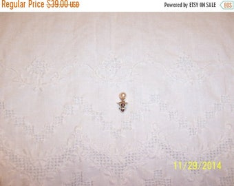 TWICE A YEAR, 25% Off Vintage Pearl Tie Pin. 10 Kt Yellow Gold.