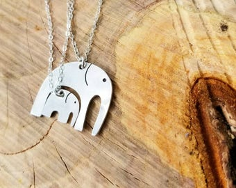 Mother Daughter Matching Elephant Necklaces, Mothers Day Necklace, Mother Daughter Jewelry, Interlocking Necklaces, Elephant Necklace