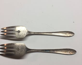 William A Rogers A 1 Plus Oneida LTD Meat Forks