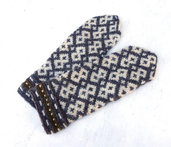 mittens hand knit wool mittens knitting winter gloves