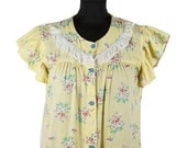 ON SALE 1940s Top // Yellow Floral Seersucker with Eyelet Lace Trims and Flutter Sleeves